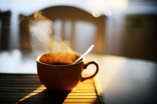 Polezno-li-pit-kofe-po-utram.jpg