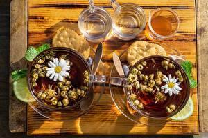 Tea_Camomiles_Cookies_Lime_Cup_Highball_glass_602875_600x400.jpg