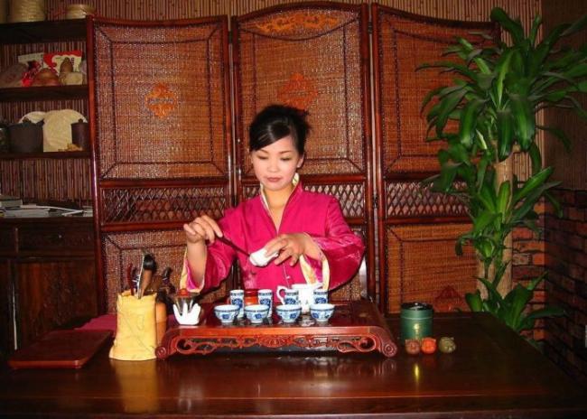 CHai-naya-tseremoniya-v-Kitae5-e1534487639793.jpg