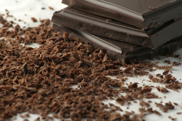 dark-chocolate-grated_250157541-e1355236615621.jpg