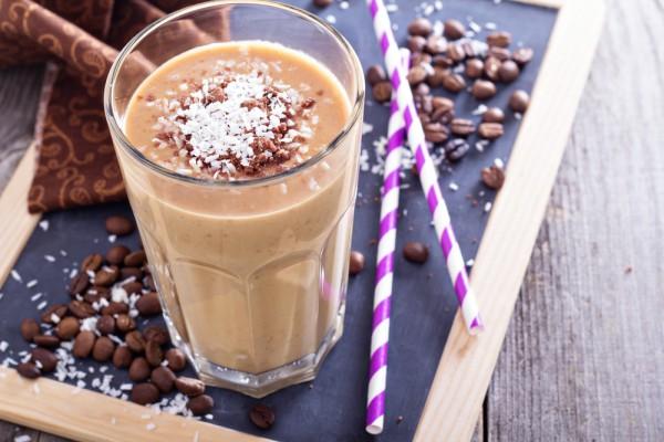 kofeyniy-led-s-molokom-retsept.jpg