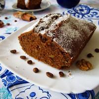 Кофейный кекс с корицей и орехами