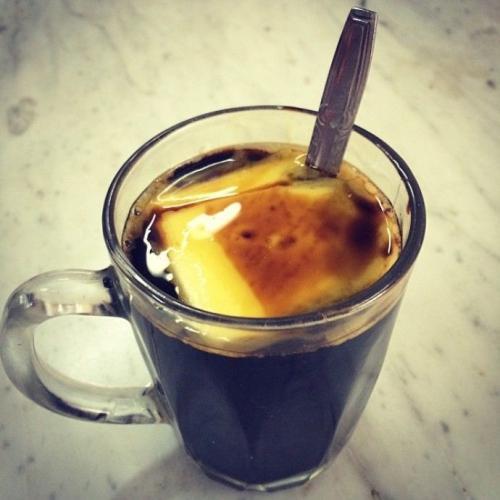 kofe-s-maslom.jpg