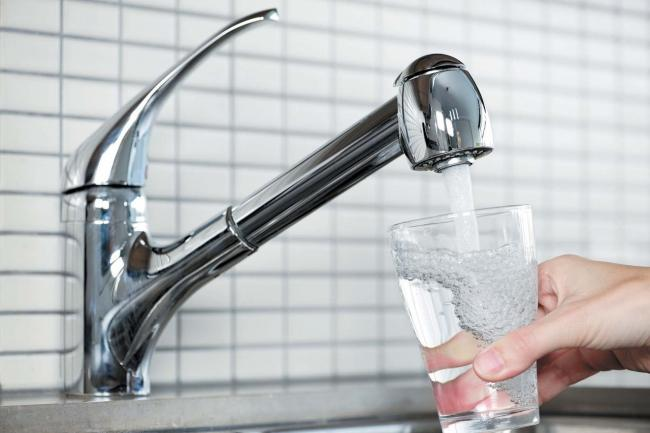 Voda-s-krana.jpg