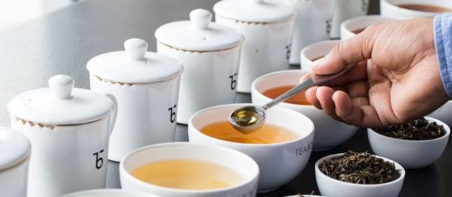 tea-tasting-e1512698685545.jpg