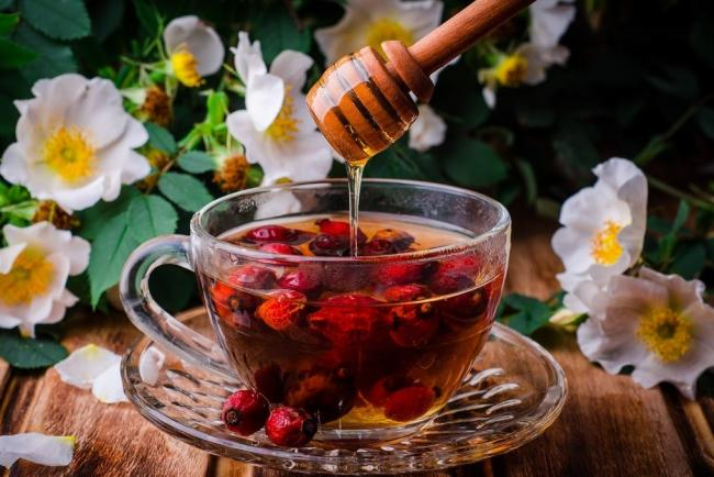 Rose-hips-wine.jpg