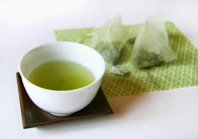 2-green-tea-bags.jpg