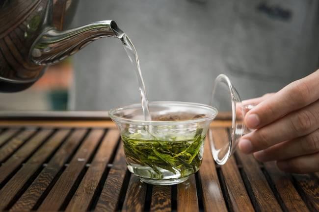 Заваривание-зеленого-чая.jpg