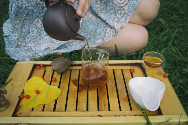 how-to-make-tea-in-pot4-1024x681.jpg