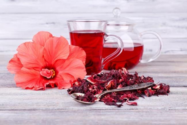 hibiscus-flower-water-pitcher-drink-e1424737356799-1024x683.jpg