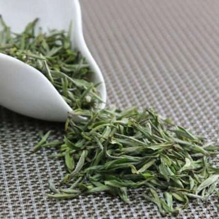 Сорт-зеленого-чая-Хуан-Шань-Мао-Фэн.jpg