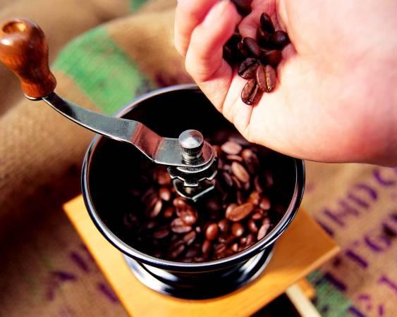Mozhno-li-molot-kofe-v-blendere.jpg