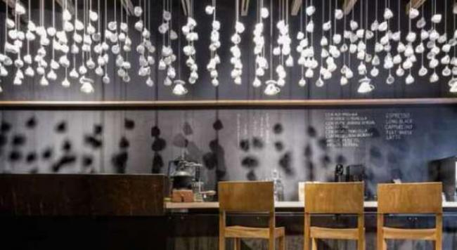 suspended-coffee-cup-installations-cool-coffee-shop-cool-retro-door-designs_1522272132_540x296_115215ec7839c367-compressor.jpeg