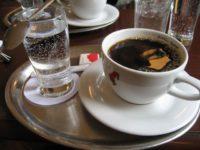 kofe-s-mineralkoj-200x150.jpg
