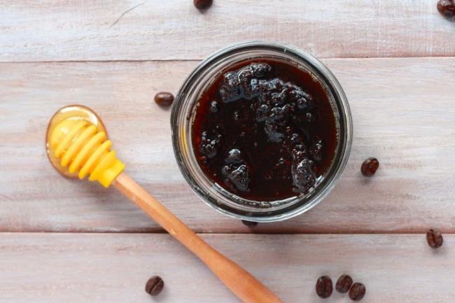 Coffee-and-Honey-Body-Scrub.jpg