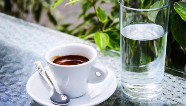 kofe-i-voda.jpg
