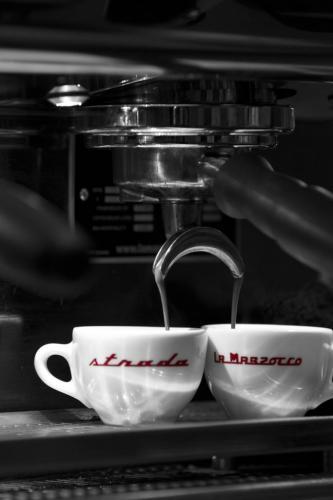 coffee-2628232_1920-683x1024.jpg