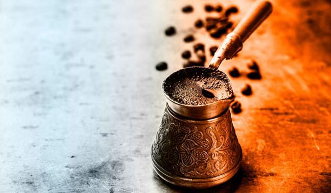 kak-svarit-kofe-v-turke-s-penkoy.jpg