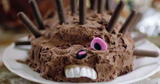 20 доказательств того, что делать торт в виде ёжика – очень плохая идея