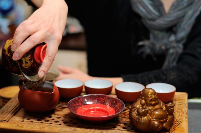 Kitajskaya-chajnaya-ceremoniya-1.jpg