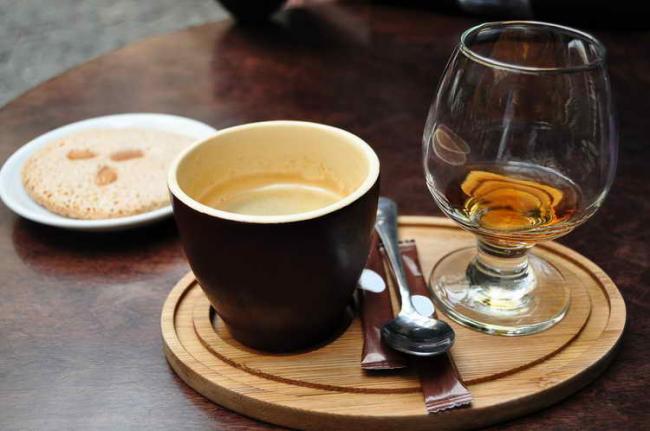 kofe-s-alkogolem-1.jpg