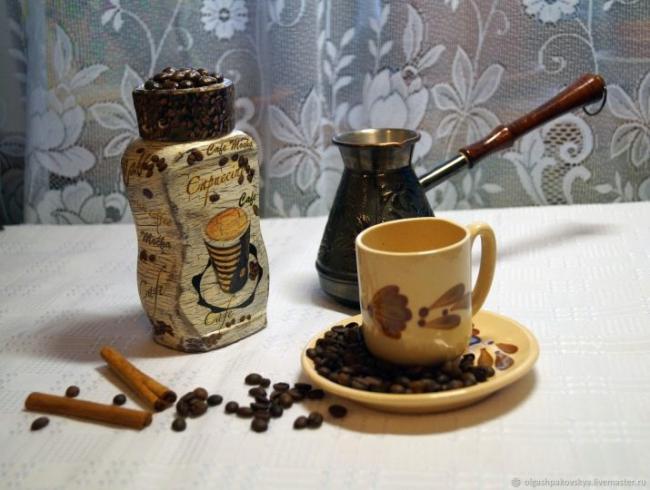 dekupazh-banok-iz-pod-kofe-interesnye-idei-i-master-klass-4.jpg
