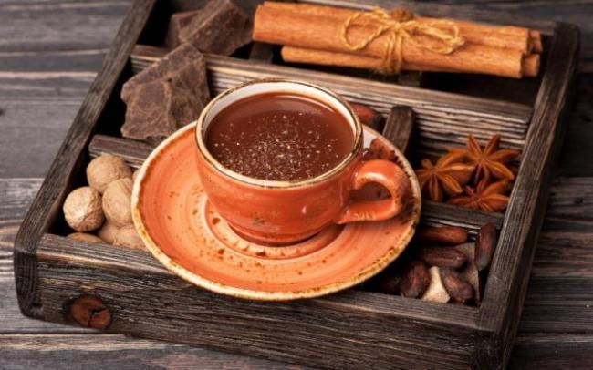 pryanyj-kofe-s-shokoladom-i-speciyami2.jpg