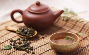 chai-ulun-poleznye-i-vrednye-svoistva-002-300x188.jpg
