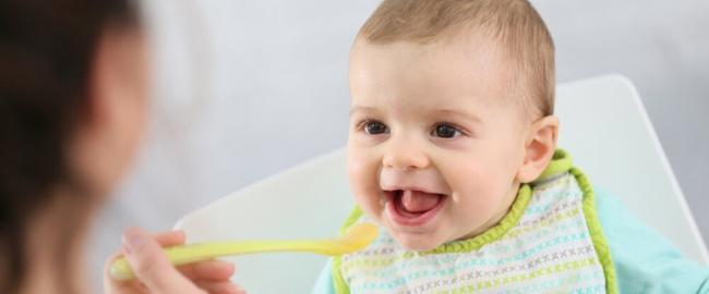 Как давать ребенку взрослую еду