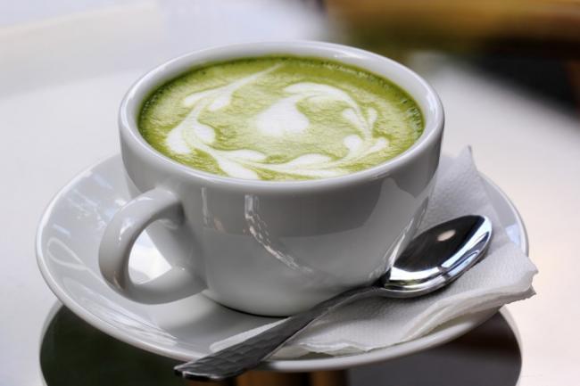 зеленый-чай-с-молоком-рецепт-19.jpg