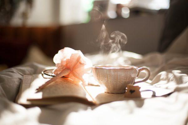 love-pen-bed-drinking-e1484654280971.jpg