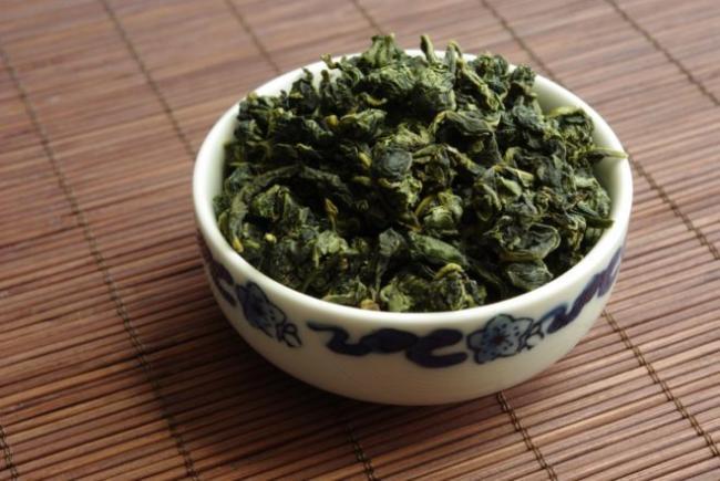 F-E-250g-monkey-picked-oolong-tieguanyin-tea-benefits-types-of-chinese-tea-e1514124846355.jpg
