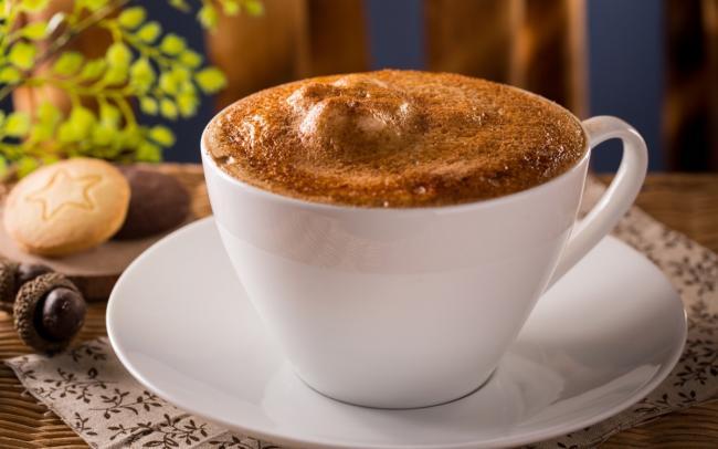 Coffee_Cappuccino_Closeup_Cup_Foam_Saucer_536905_2560x1600.jpg