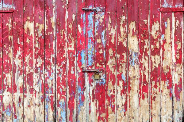 depositphotos_225670138-stock-photo-old-wooden-garage-door-gate.jpg