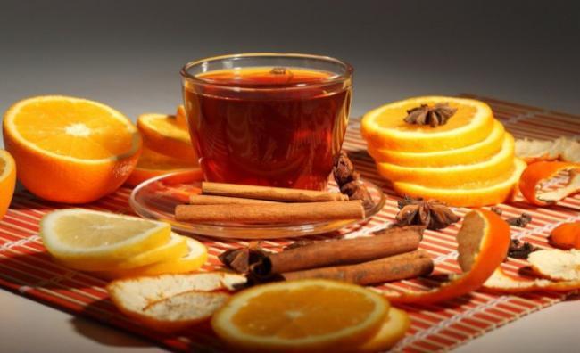 chaii-s-koriceii-i-limonom-2.jpg